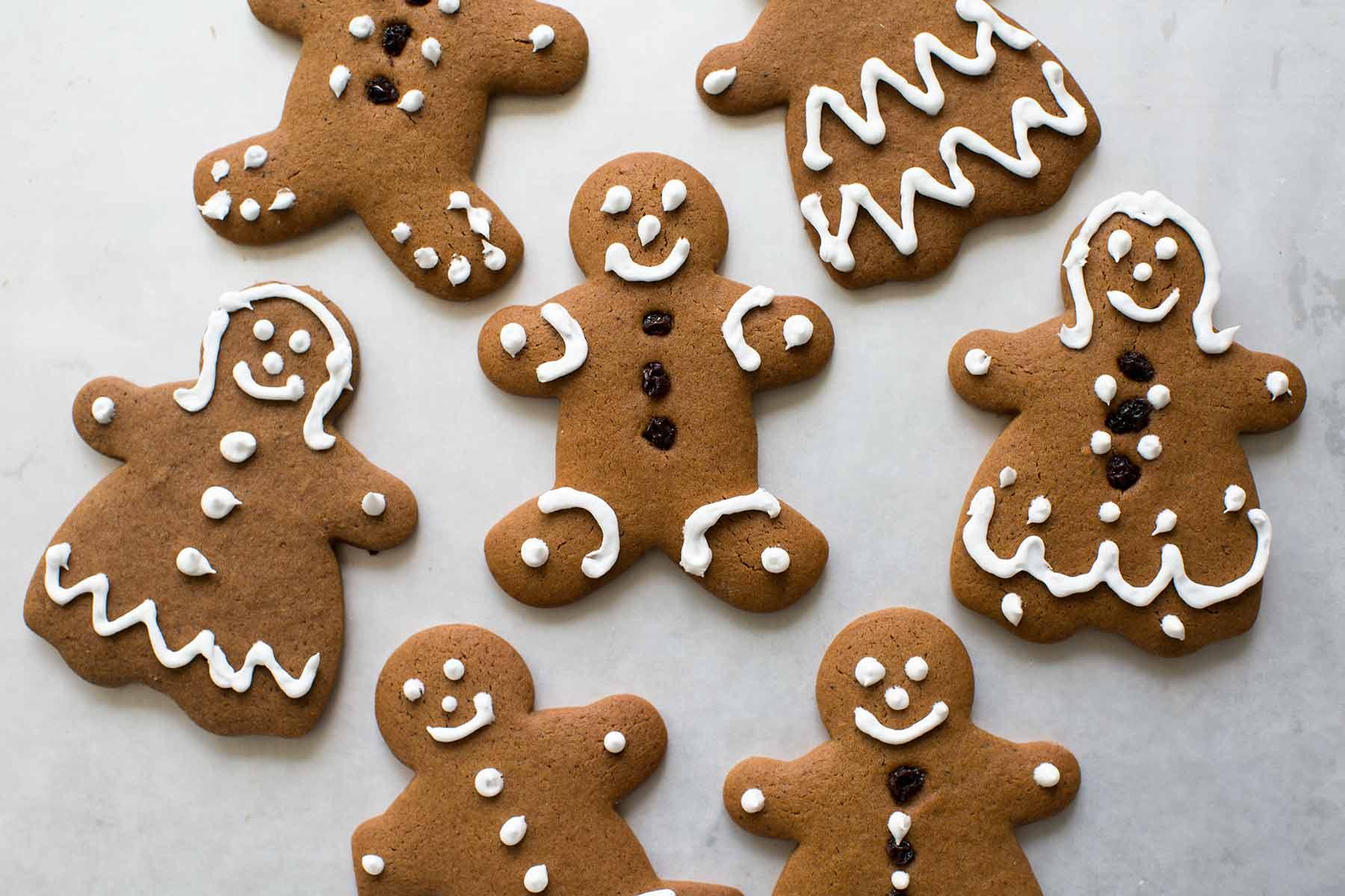 Biscotti Finti Per Albero Di Natale.Gingerbread I Biscotti Di Pan Di Zenzero Con Cui Decorare L Albero Di Natal